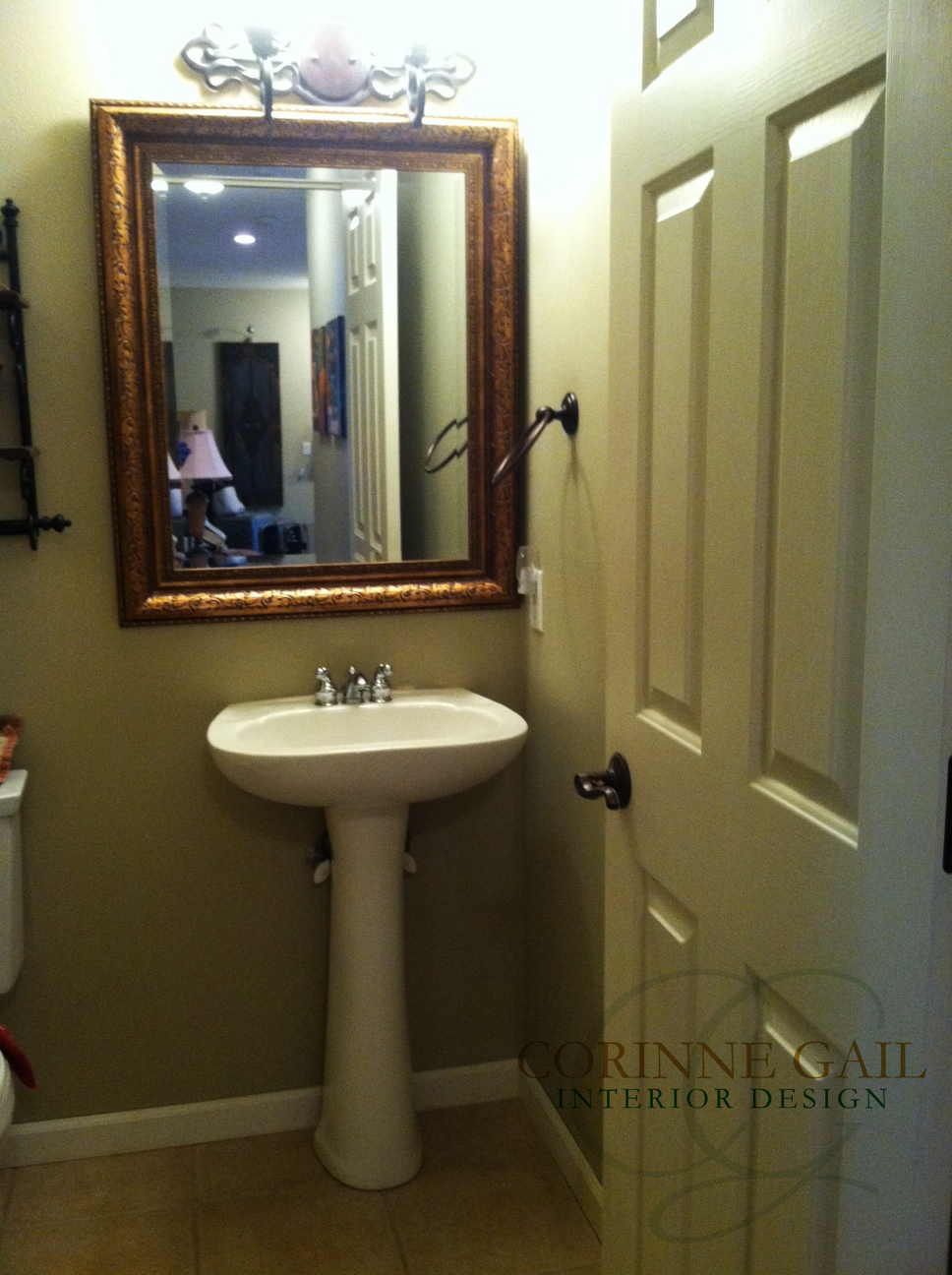 Bathrooms quick bathroom makeovers you can do corinne for Fast bathroom remodel